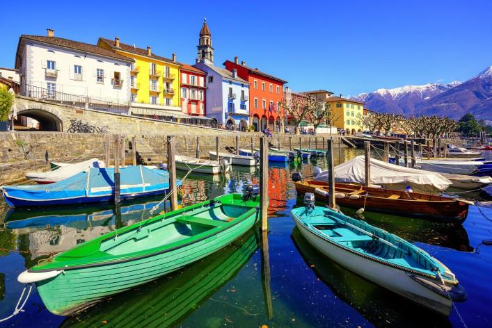 Ascona_Lago Maggiore_shutterstock_397967782