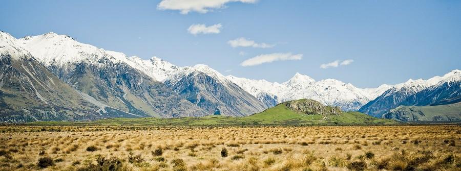 Herr_der_ringe_Neuseeland_Ebene_Berg_shutterstock_161893931