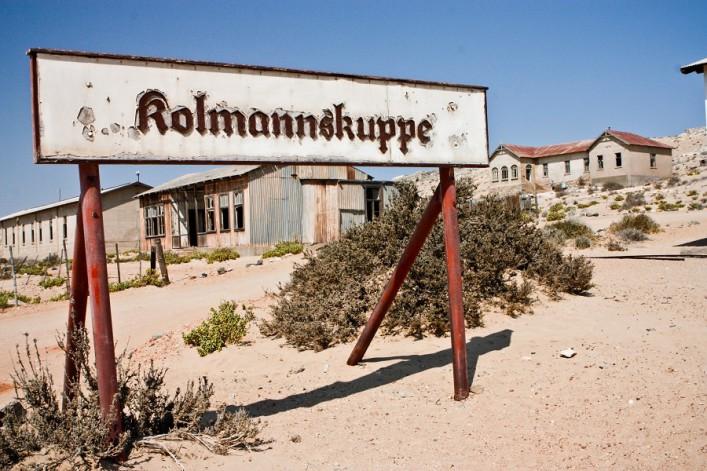 kolmanskop_Namibia_shutterstock_62145379