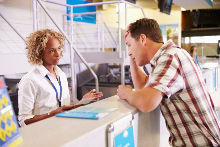 Check in airport shutterstock_322320941