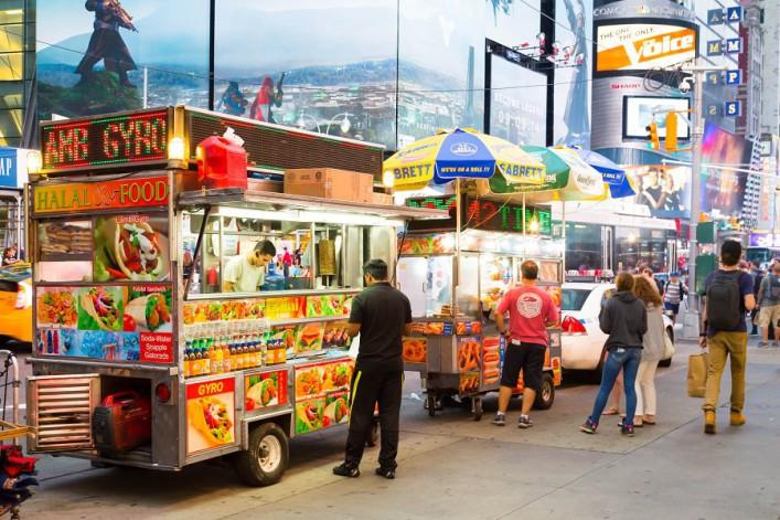 food_truck_new_york_mikecphoto  Shutterstock.com215027812