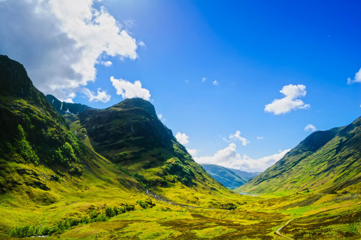 Glencoe or Glen Coe mountains  in Lochaber, Scottish Higlands shutterstock_178891499-2