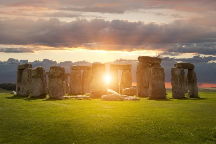 Stonehenge UK shutterstock_315697523