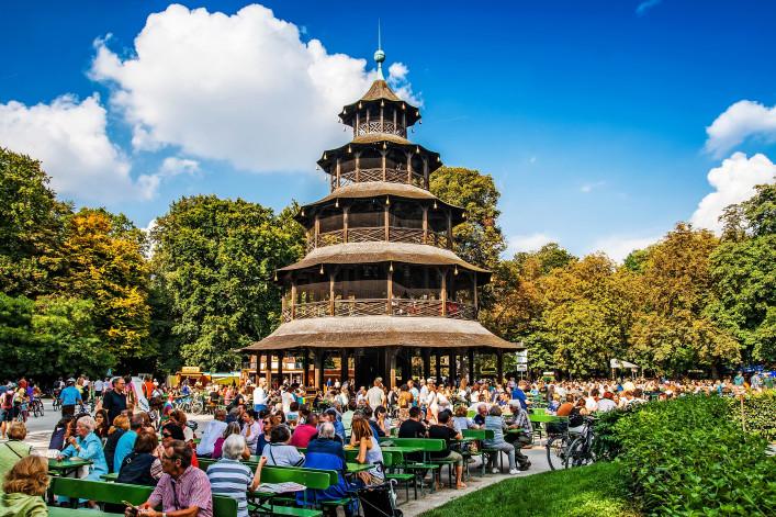 Biergärten in München Chineischer Turm