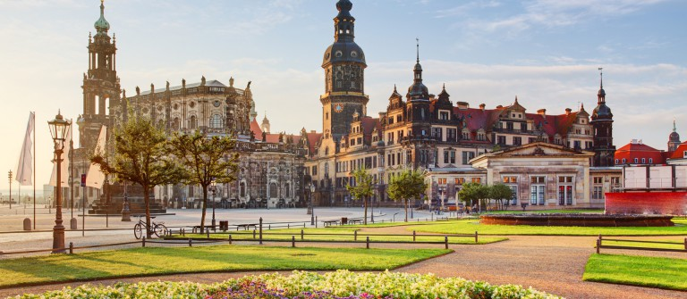 Dresden square at sunrise – Hofkirche