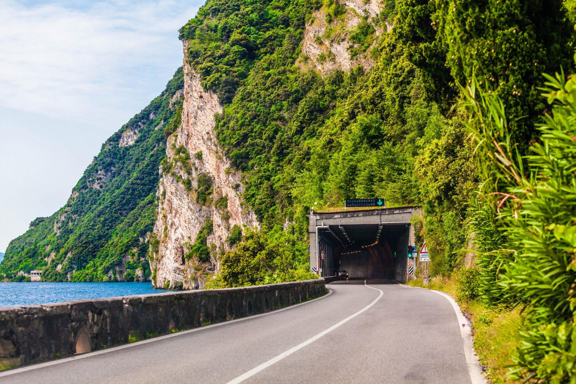 Vor einem Roadtrip ist es wichtig sich über die Mautstrecken in Europa zu informieren