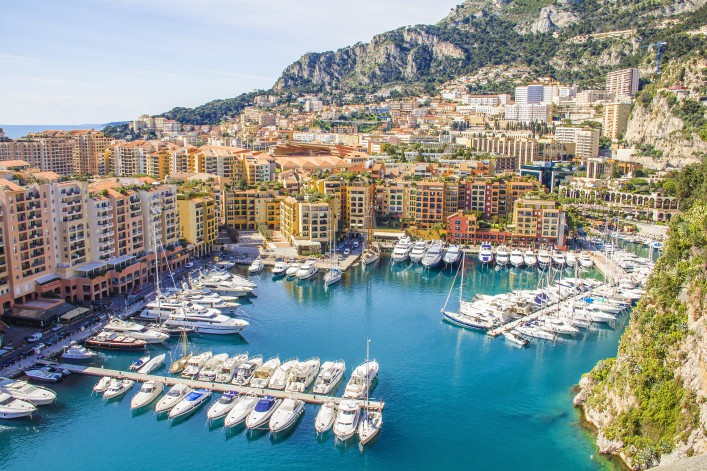 Monaco Hafen_Harbour_Cote d'Azur_shutterstock_135521333