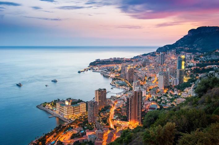 Monaco_Monte Carlo_Cote d'Azur_shutterstock_206806969