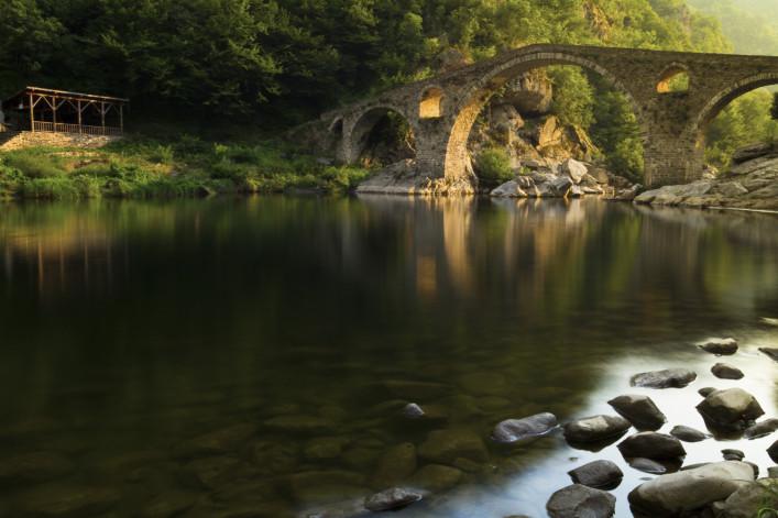 Bulgarien Brücke iStock_000014187309_Large