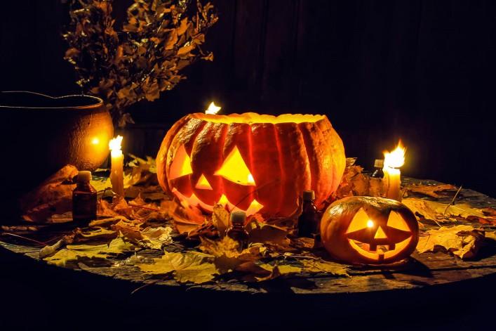 Halloween weltweit Kürbisse