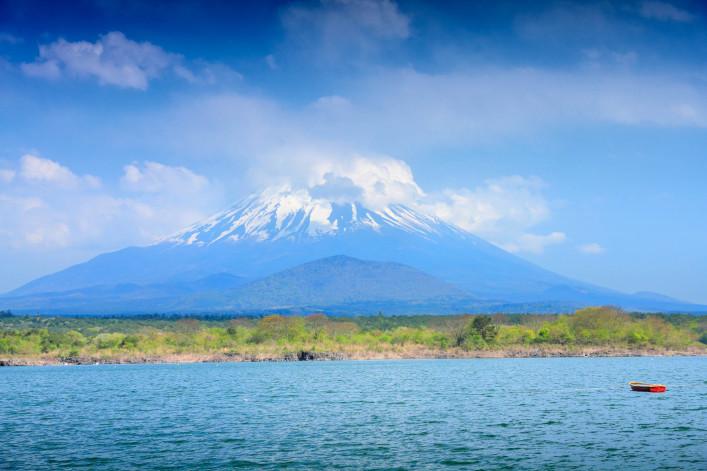 Five Fuji Lakes