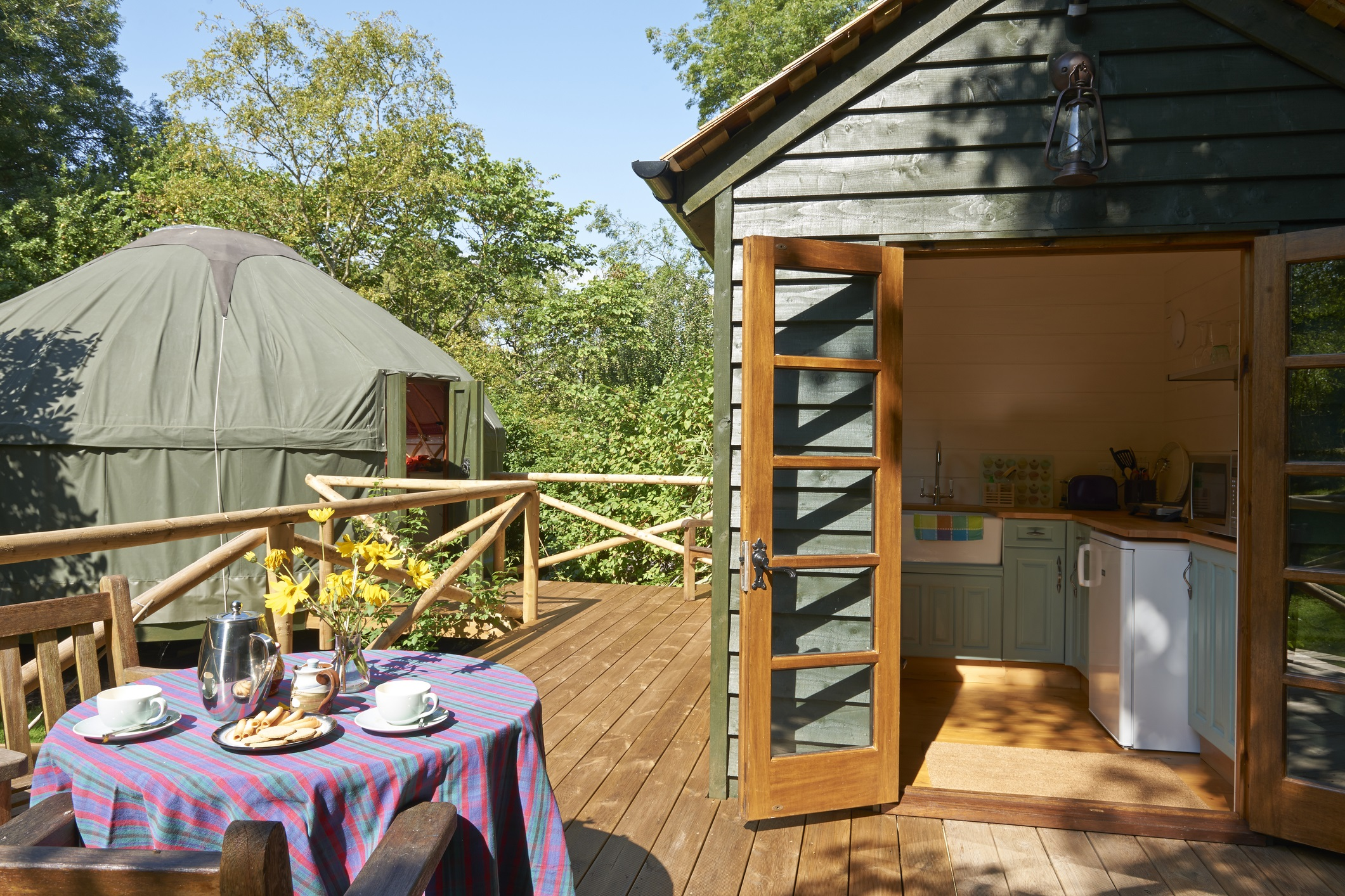 glamping luxuscamping ist im trend. Black Bedroom Furniture Sets. Home Design Ideas