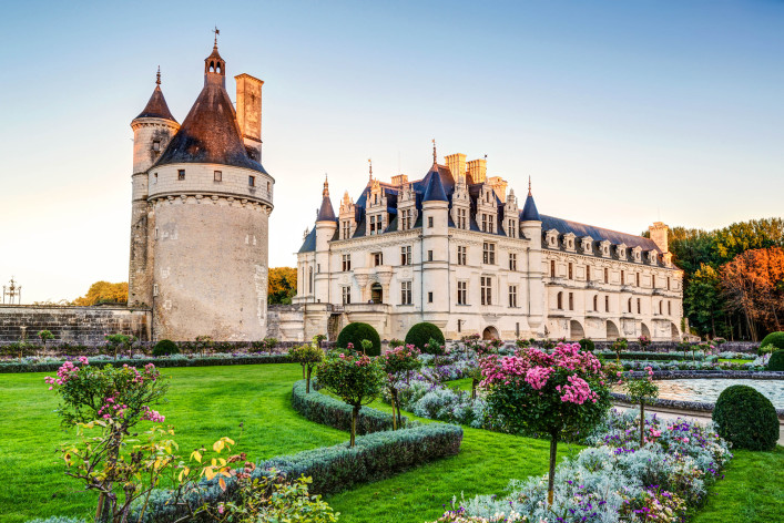 The Chateau de Chenonceau, France shutterstock_172617338-2