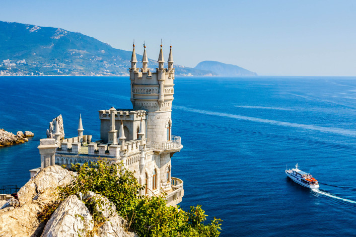 The well-known castle Swallow's Nest near Yalta. Crimea shutterstock_251456263-2