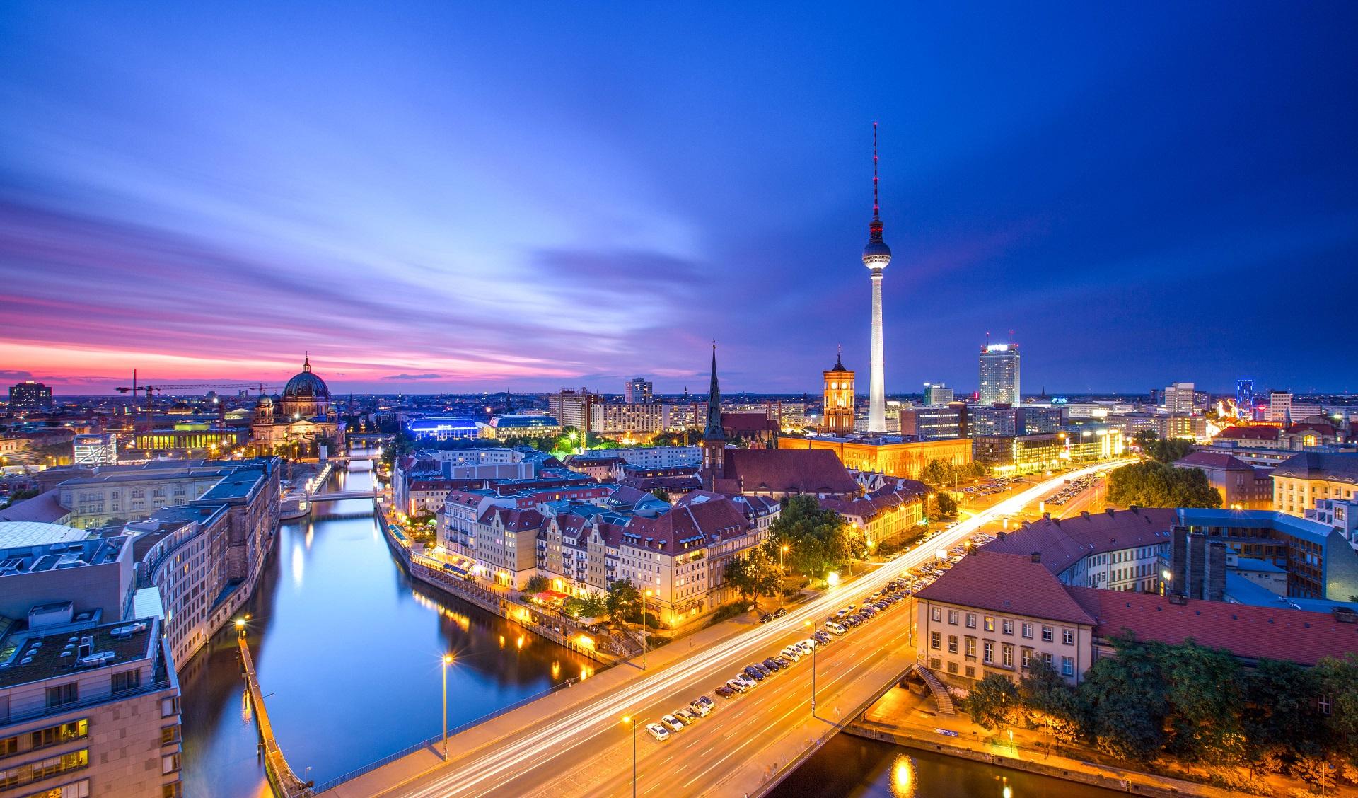 silvester in berlin 2016 17 die party hotspots. Black Bedroom Furniture Sets. Home Design Ideas