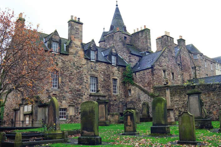 Greyfriars Kirkyard Edinburgh shutterstock_51524674 (1)