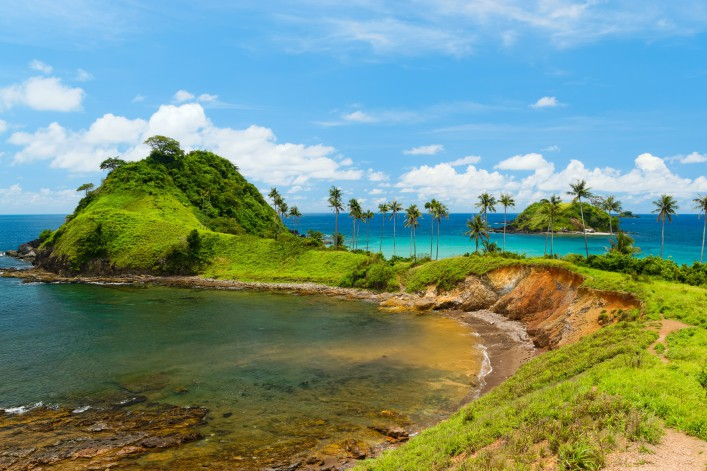 El Nido_Philippinen Nacpan beach on Palawan island shutterstock_347411879