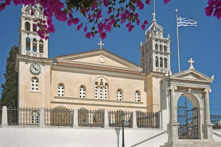 Church of Agia Triada in Lefkes Paros iStock_000062545176_Large