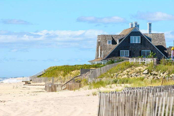 Hamptons beach house shutterstock_680665-2