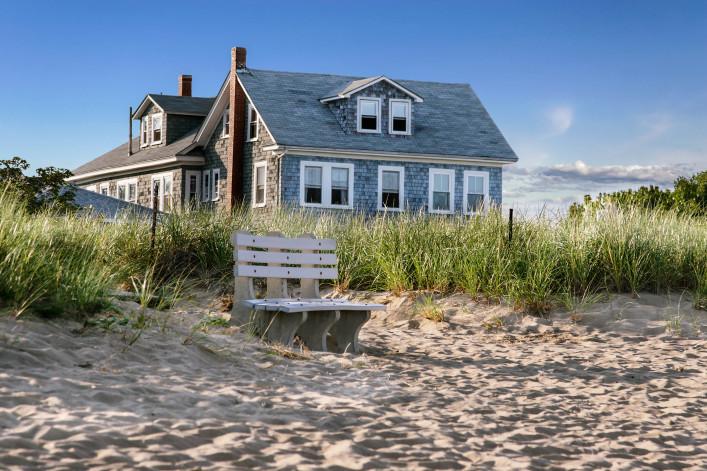 Hamptons Beach House shutterstock_78866125-2