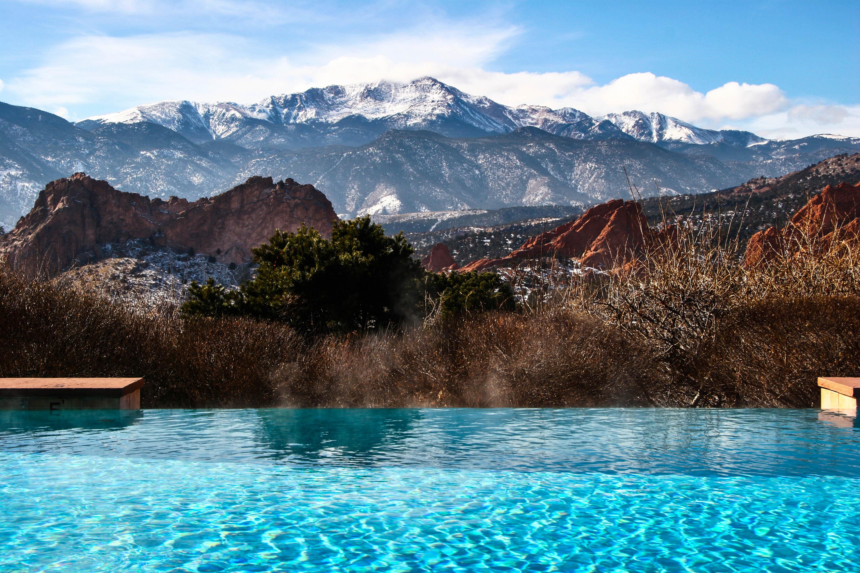 die schoensten infinity pools  den alpen urlaubsgurude