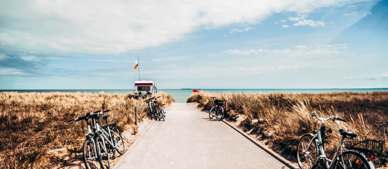 Rügen Beach Bike iStock_000081659221_Large-2