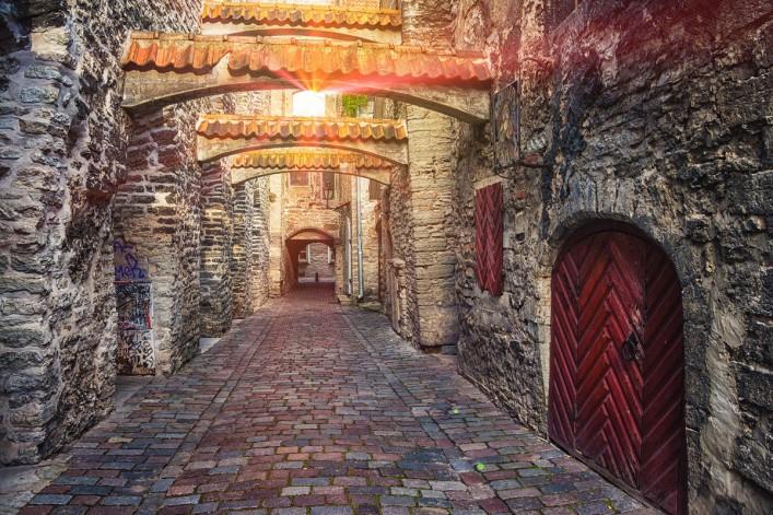 Estonia Tallinn shutterstock_317841659-2_1200