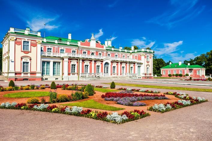 Kadriorg Art Museum In Tallinn iStock_000013819071_Large-2_1200
