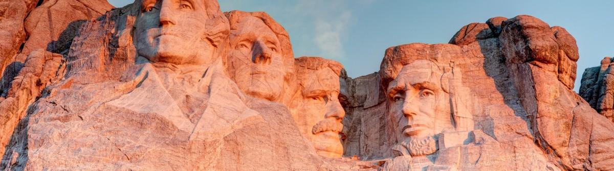 Mount Rushmore shutterstock_158187410