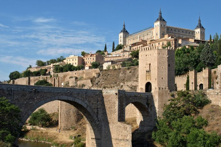 Historical Toledo view, bridge over Tagus and Alcazar fortified palace, Spain shutterstock_15005998