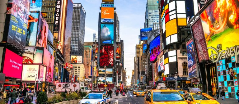 New York EDTIROIAL ONLY Luciano Mortula – LGM shutterstock_248799484