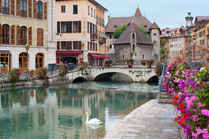 Annecy and Palais de l'Isle shutterstock_117618169