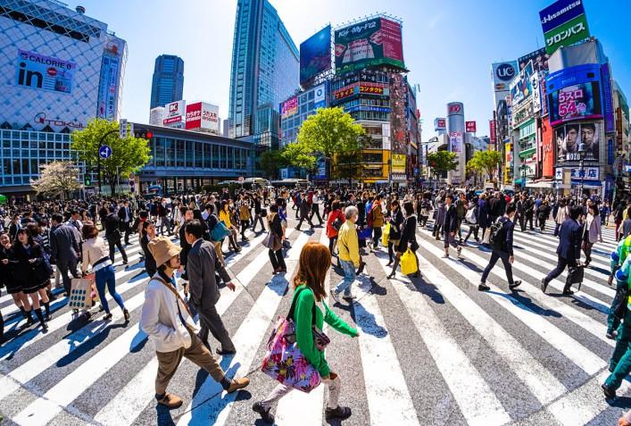Shibuya Crossing iStock_000041226638_Large-2