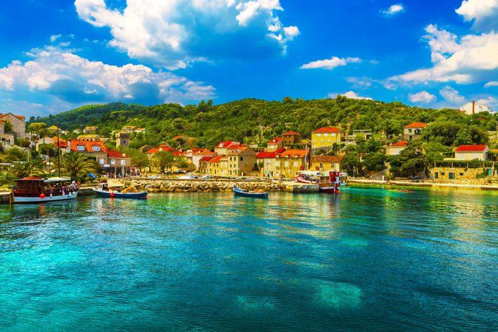 Croatia-South-Dalmatia_Elaphiten_Sipan—Elaphiti-Island-shutterstock_375521500