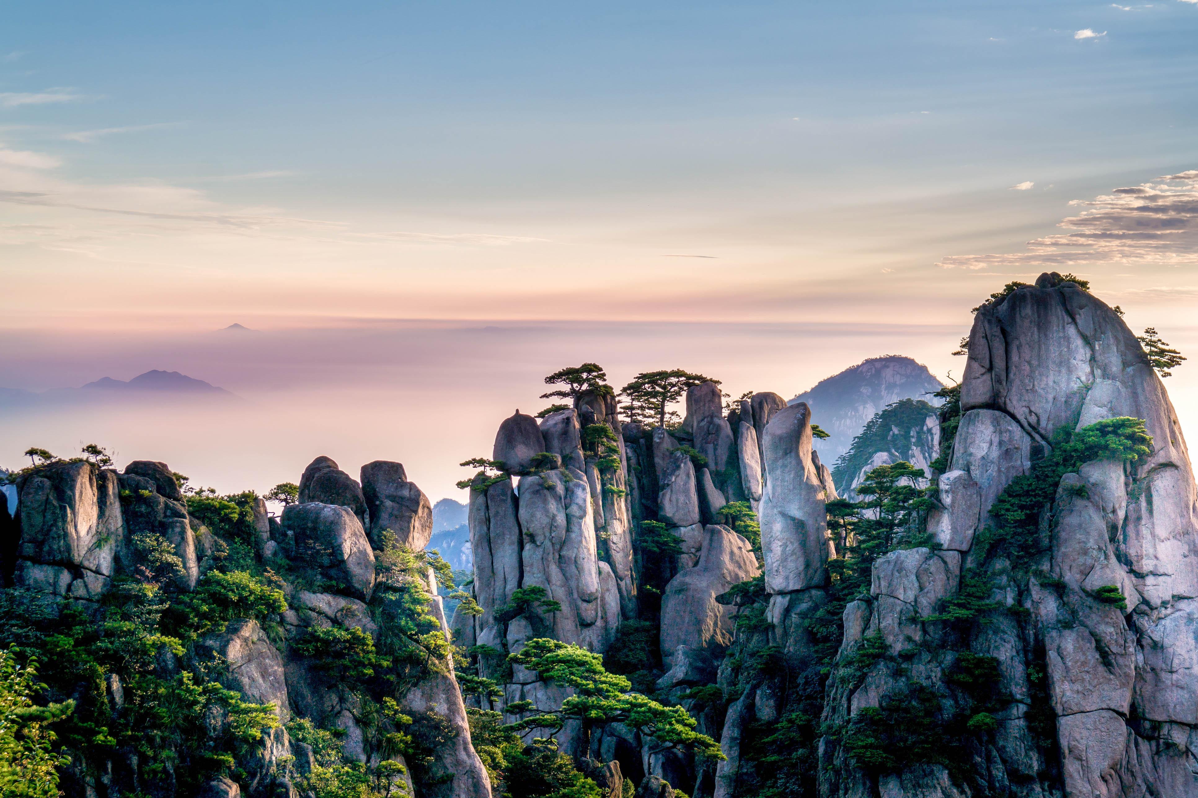 Летающие горы Улинъюань.