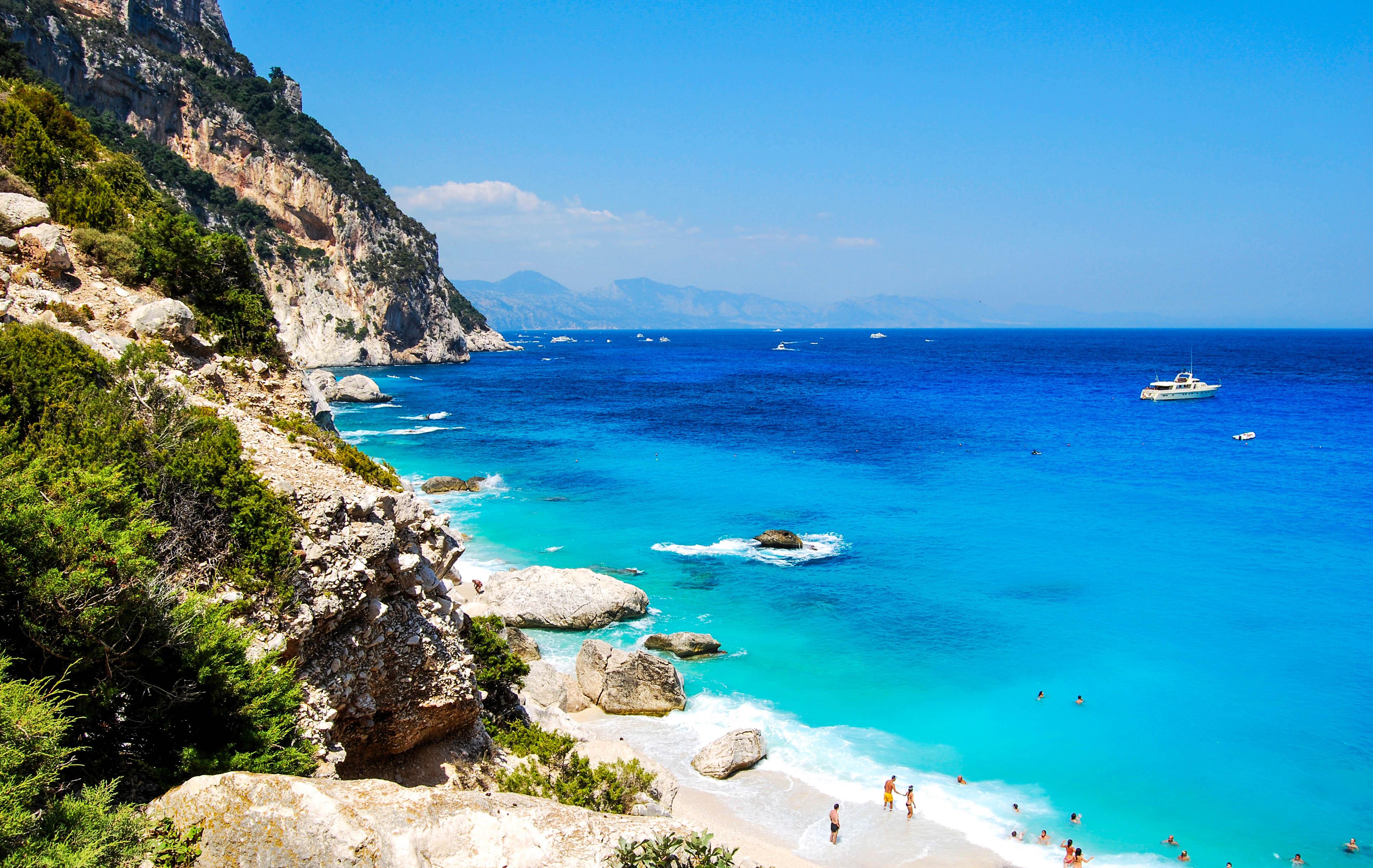 Die schönsten Strände auf Sardinien - Cala Goloritze