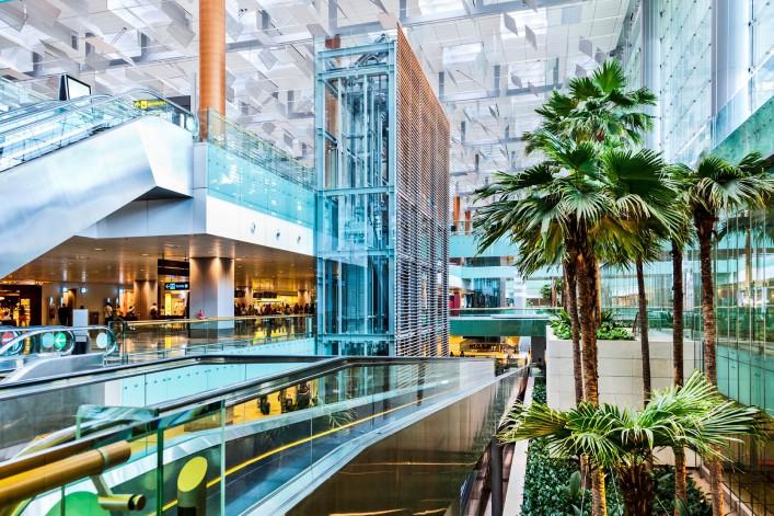 Changi Airport, Terminal 3, Singapur iStock_000019896095_Large-2