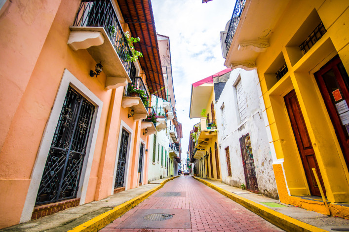 historic old town in Panama city shutterstock_309809516-2