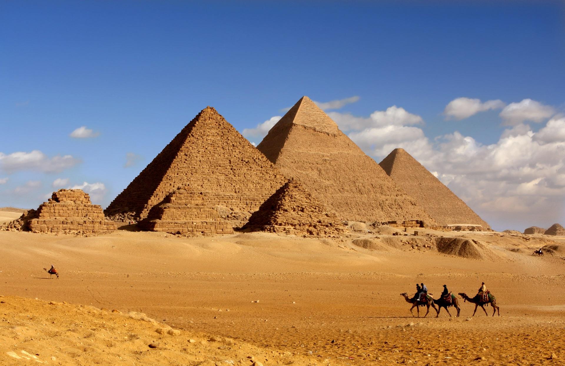 Bildergebnis für pyramiden von gizeh