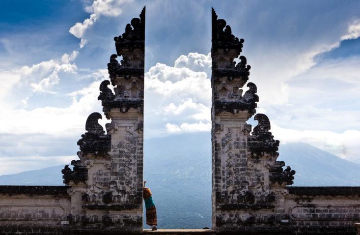 Indonesia – Bali – tourist standing betwen Lempuyang gate shutterstock_436321114-2