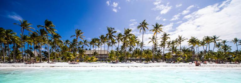 Martinique Beach iStock_000047806366_Large-2