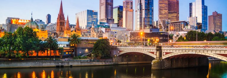 Melbourne at dusk iStock_000076995347_Large-2