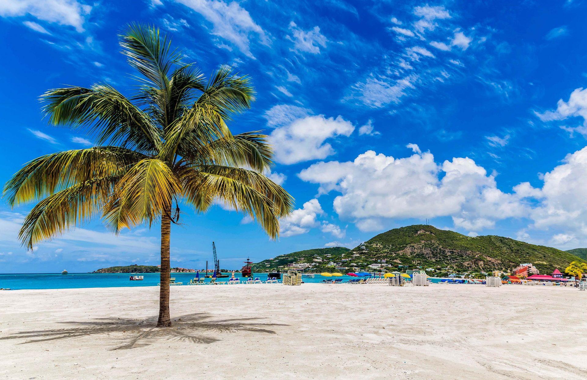 die karibische Insel St. Martin hat einige FKK Hotels