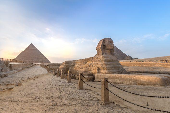 Pyramiden von Gizeh, Kairo, Ägypten, Sphinx