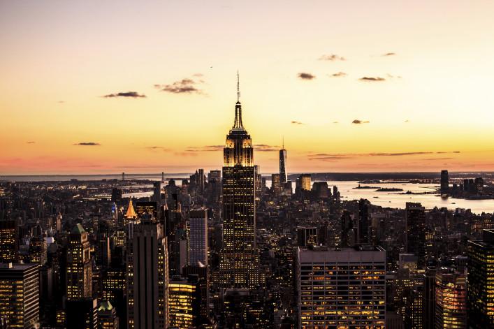 Goldener Sonnenuntergang, New York Empire State iStock_000052038616_Large