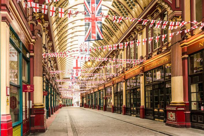 Leadenhall Markt in london iStock_000024508653_Large EDITORIAL ONLY franckreporter-2