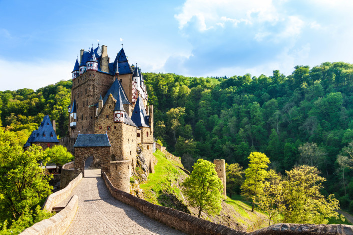 Road to the Eltz castle with towers, in hills shutterstock_275101937-2