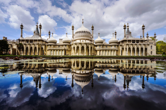 Royal Pavilion reflection iStock_000022188048_Large-2