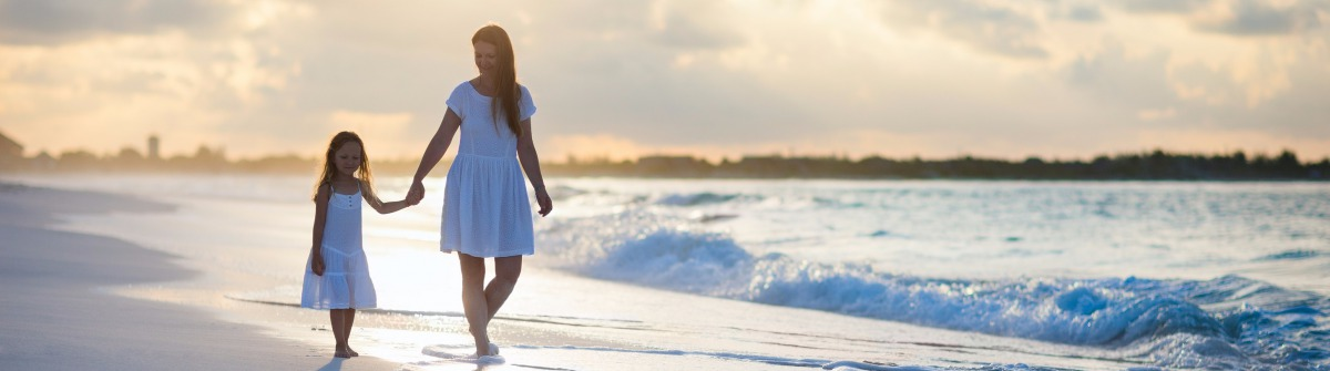Mutter Tochter Strand