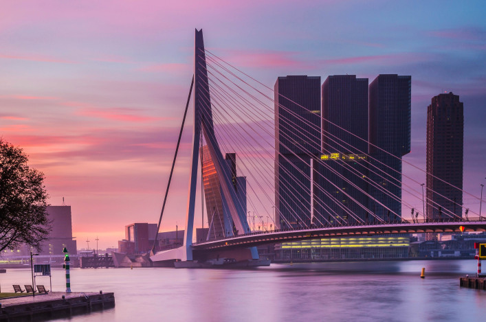 sunrise at rotterdam skyline iStock_000050014600_Large-2